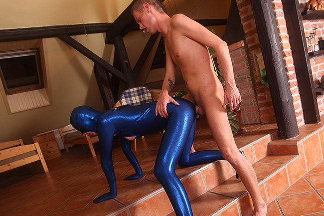 Crazy fuck in tight shiny blue spandex